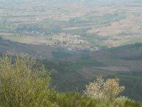 Sur les pas du fameux Léon, découvrez le biotope des landes du Beaujolais