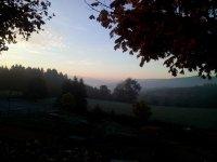 Vue panoramique sur la vallée d'Azergues, col des Echarmeaux, patrmoine du Beaujolais vert
